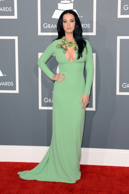 Katy Perry: escote-manzana.