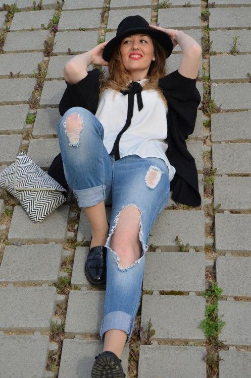 black-white-jeans-10