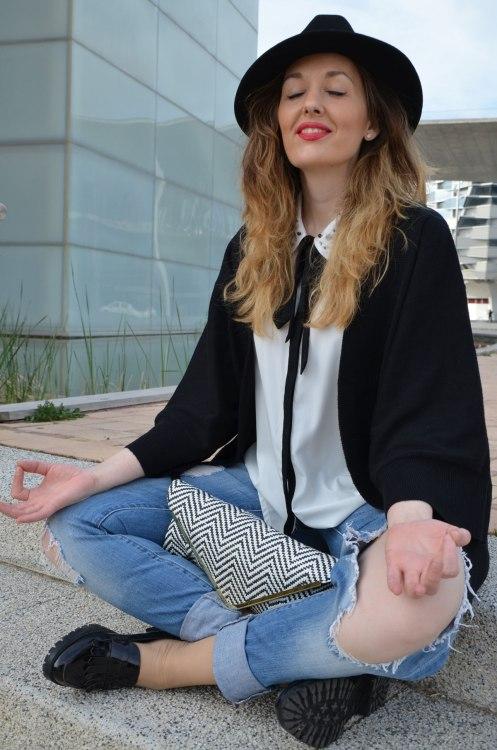 black-white-jeans-15