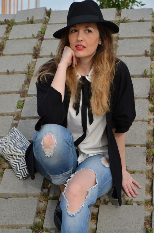 black-white-jeans-9