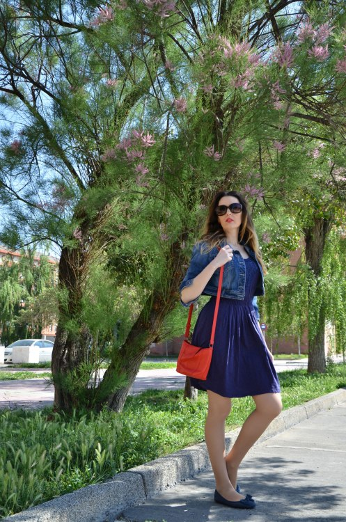 blue-red-dress-2