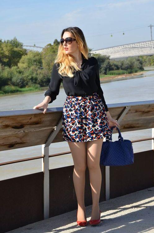 http://oneusefashion.wordpress.com/2014/10/22/red-blue-white-black-skirt/