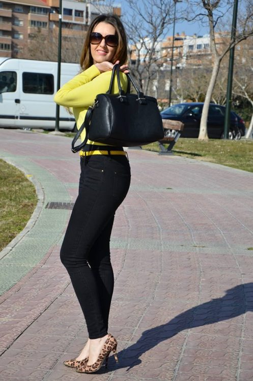 yellow-black-15