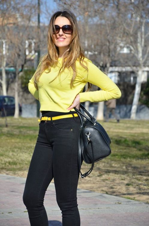 yellow-black-16