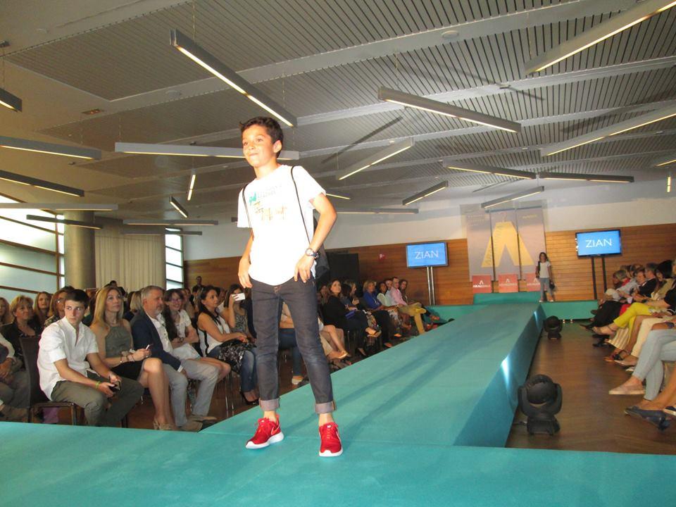 Aragonia fashion days one use fashion for Adolfo dominguez zaragoza aragonia