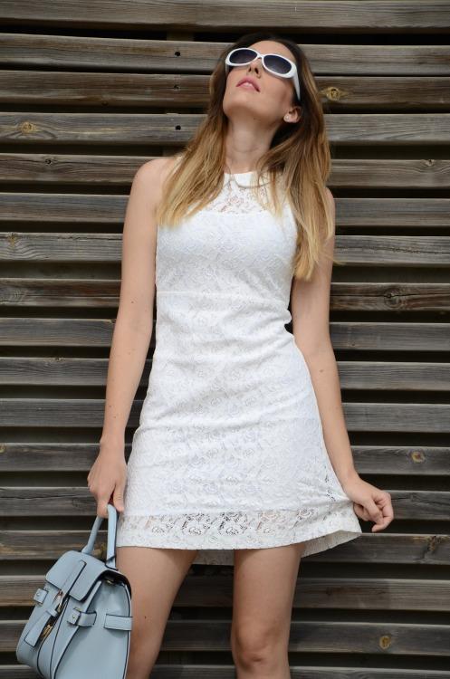 whitelacedress-14