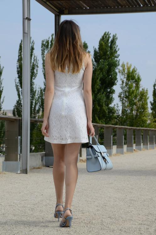 whitelacedress-15