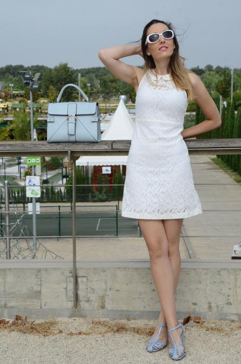 whitelacedress-16