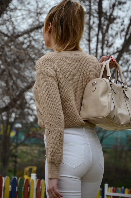 laceupsweater-13