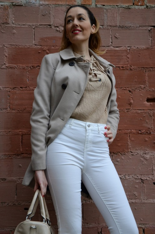 laceupsweater-2