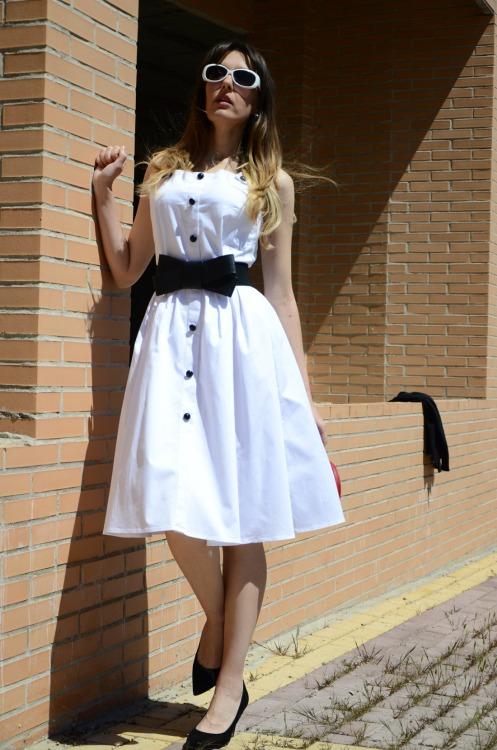 ladywhite-7
