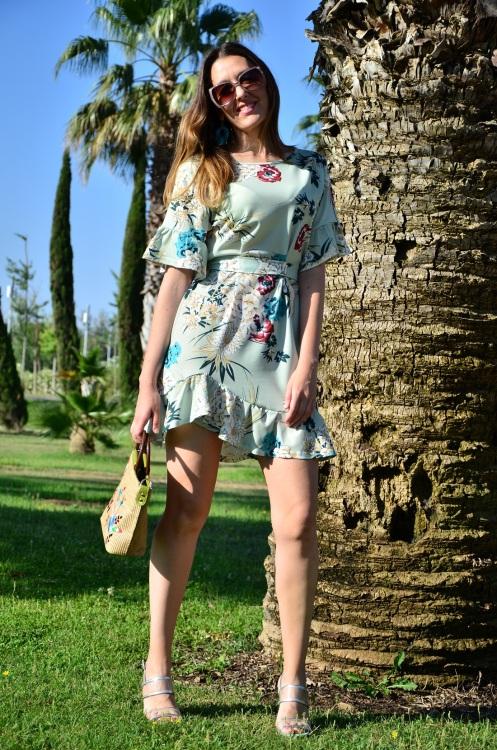 floralprintdress-5.jpg