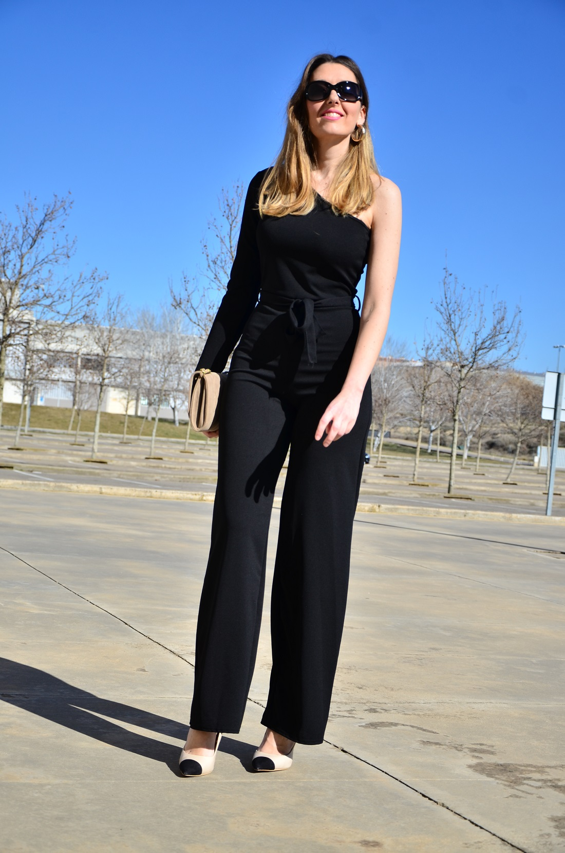 blackjumpsuit-2