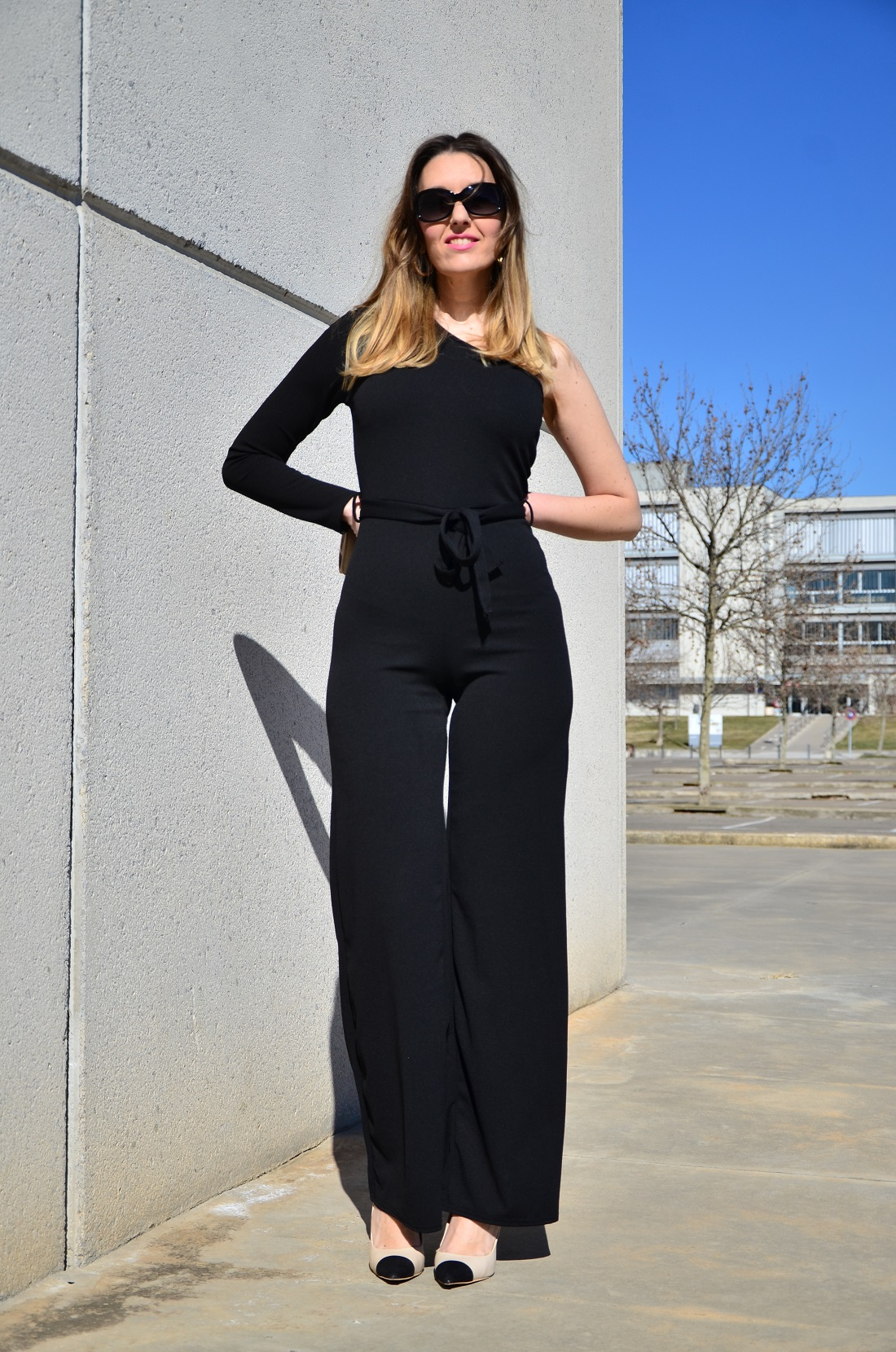 blackjumpsuit-4