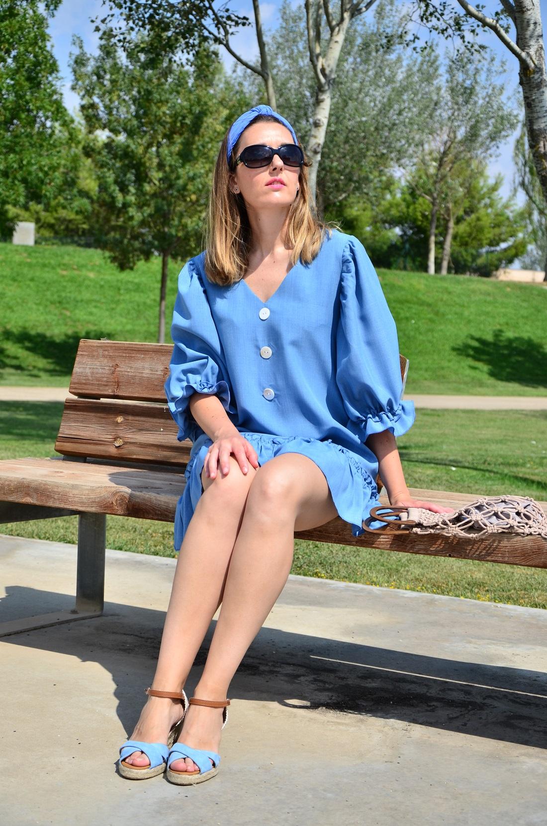 buttoned-blue-dress-3