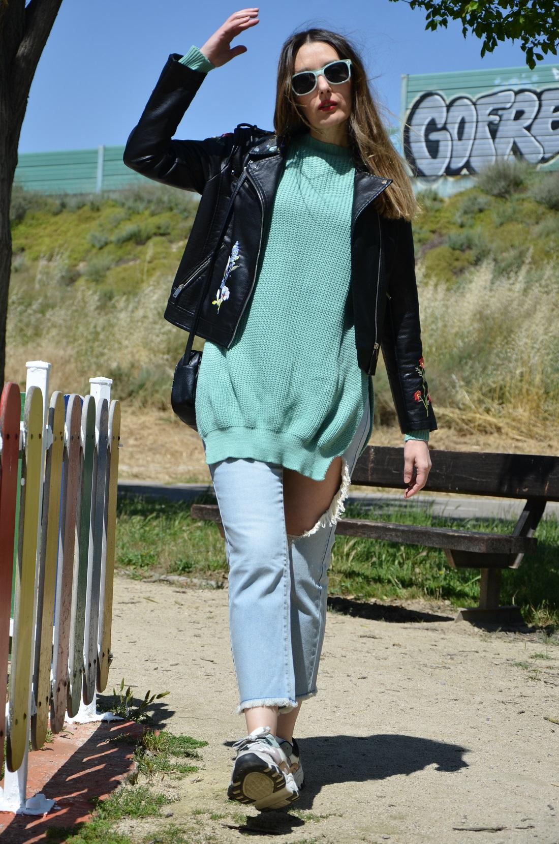 mintgreensweater-4