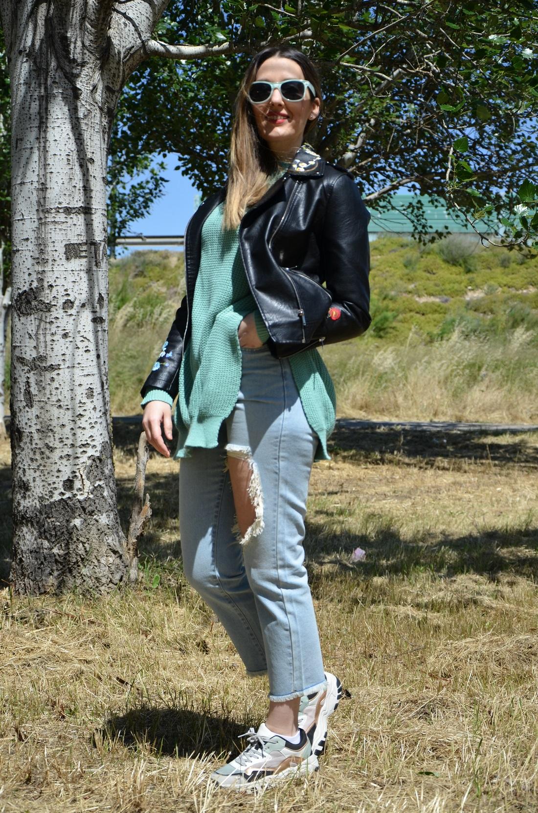 mintgreensweater-8
